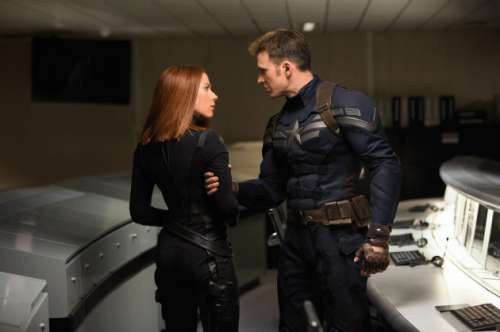 captain-america-2-photo-scarlett-johansson-chris-evans-630x419.jpg