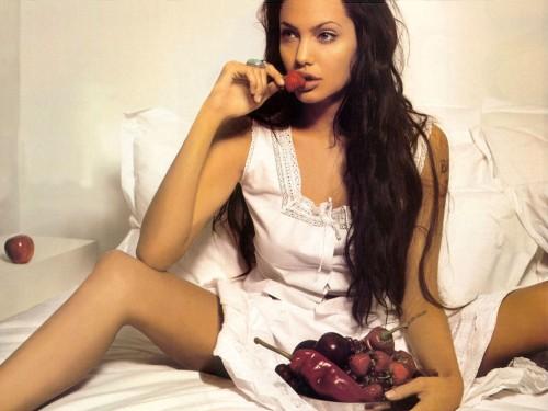 Angelina%20Jolie.jpg